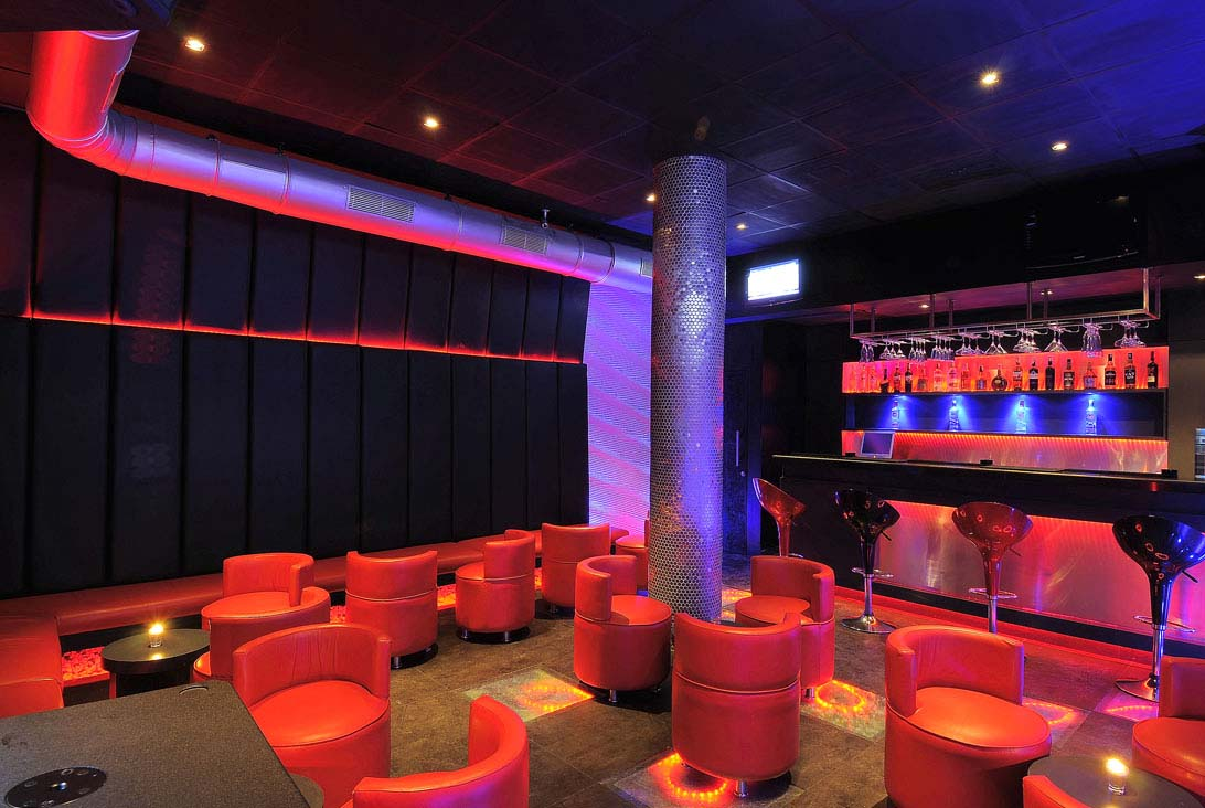 flame-lounge8